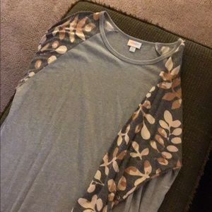 Tops - LulaRoe Randy
